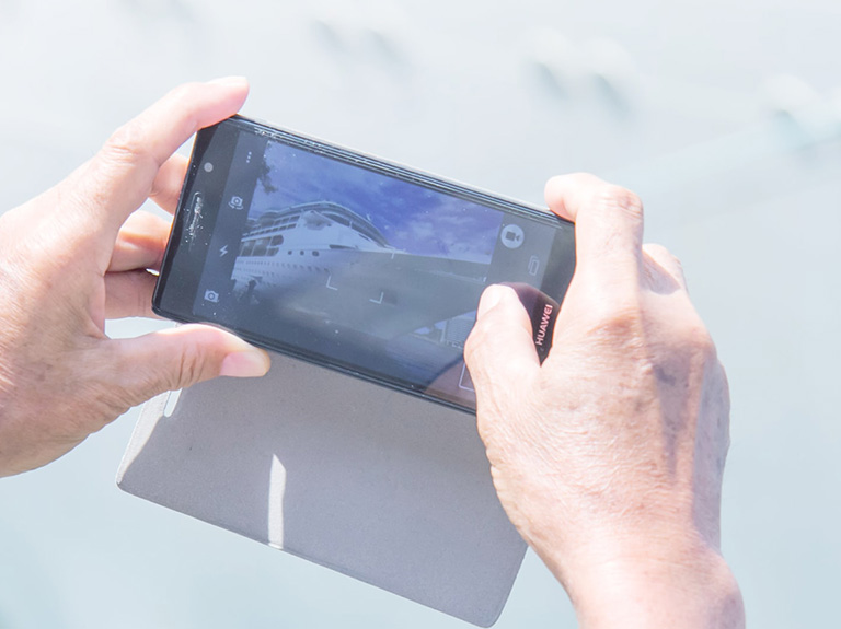 Use Smart Phone Shooting Video